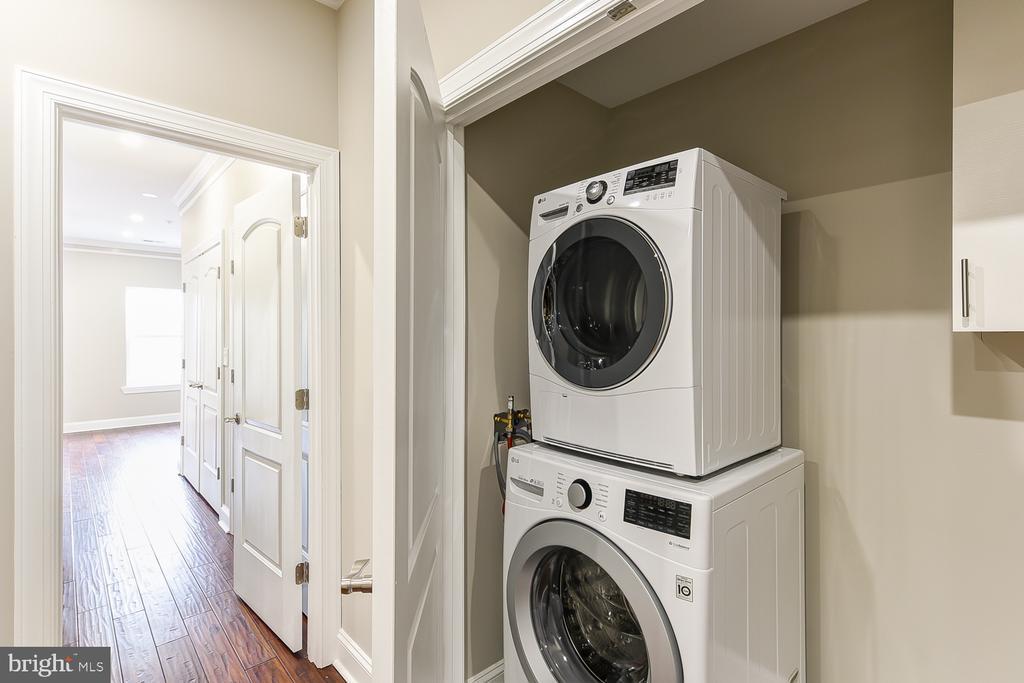 Laundry Closet off Master Suite - 1167 MORSE ST NE #2, WASHINGTON