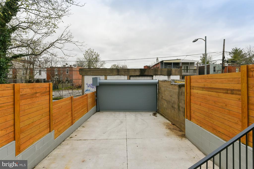 Designated Off-Street Parking - 1167 MORSE ST NE #2, WASHINGTON