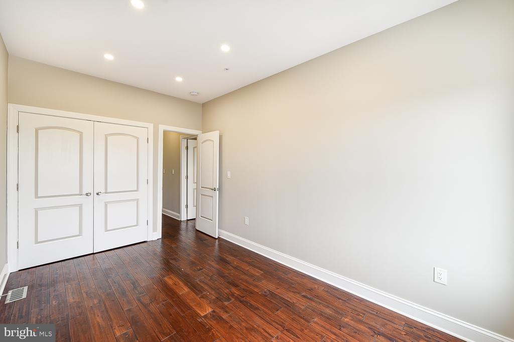 3rd Bedroom w/Closet View - 1167 MORSE ST NE #2, WASHINGTON
