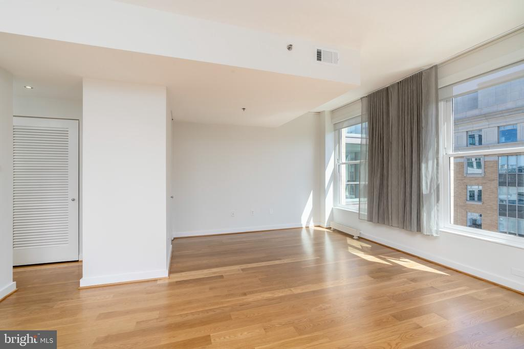 Additional family/flexible space - 675 E ST NW #900, WASHINGTON