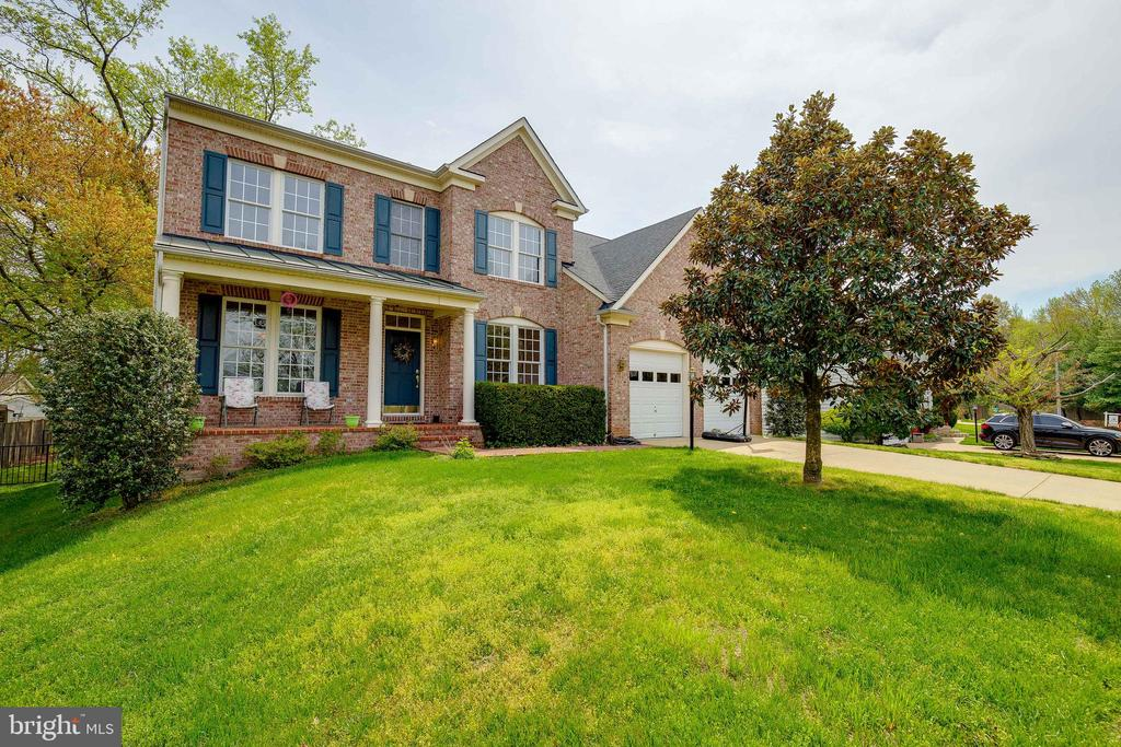 Welcome Home! - 1210 MARSEILLE LN, WOODBRIDGE