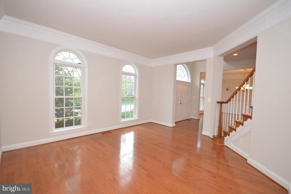 Formal Living Room - 42764 RIDGEWAY DR, BROADLANDS