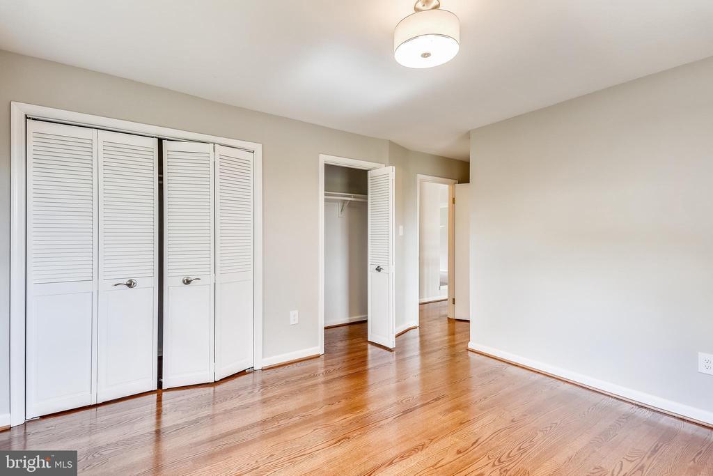 Master Bedroom - 4816 PEACOCK AVE, ALEXANDRIA
