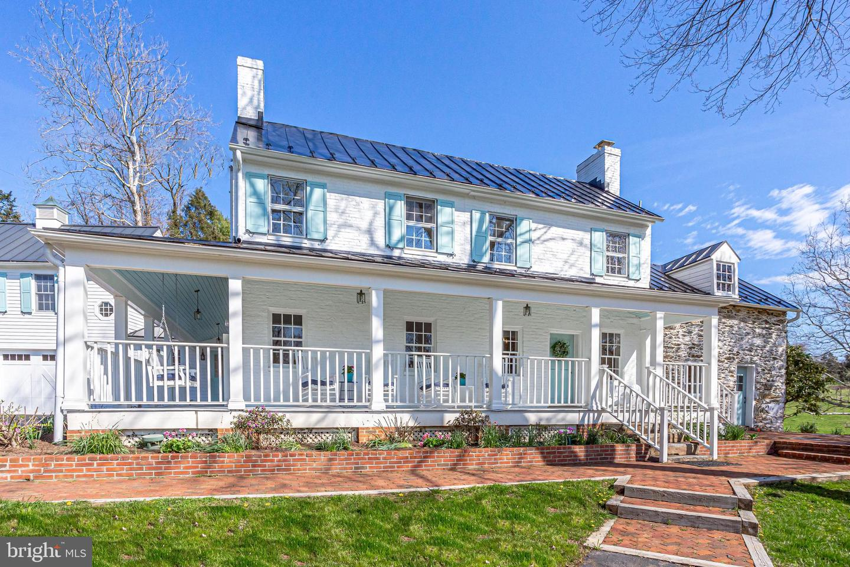 Single Family Homes のために 売買 アット Waterford, バージニア 20197 アメリカ