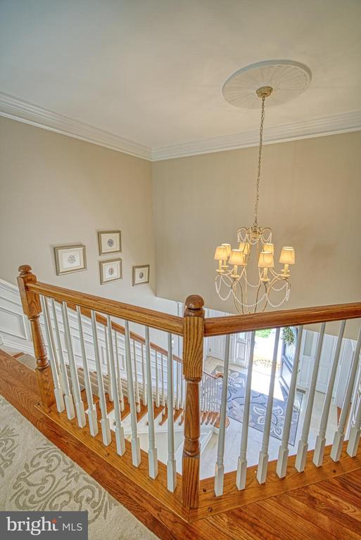 UPPER FOYER - 10896 HUNTER GATE WAY, RESTON