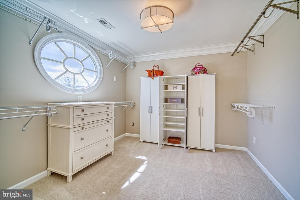 WALK IN MASTER CLOSET - 10896 HUNTER GATE WAY, RESTON