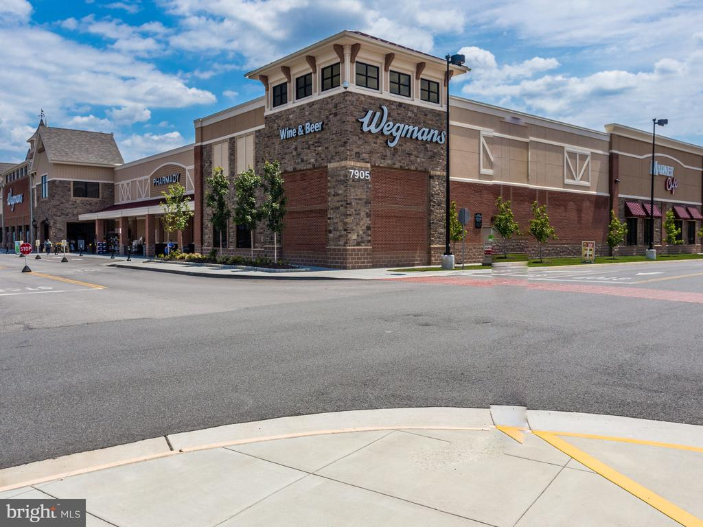 Walk to Wegman's Shopping Center - 7506 SHIRLEY HUNTER WAY, ALEXANDRIA