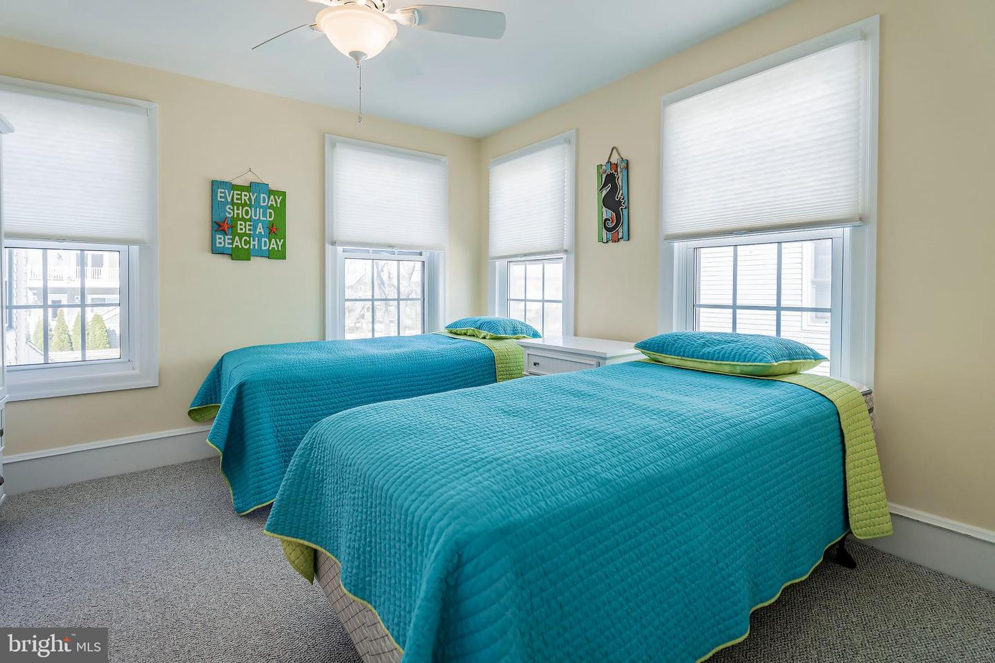 Additional photo for property listing at  Beach Haven, New Jersey 08008 Hoa Kỳ