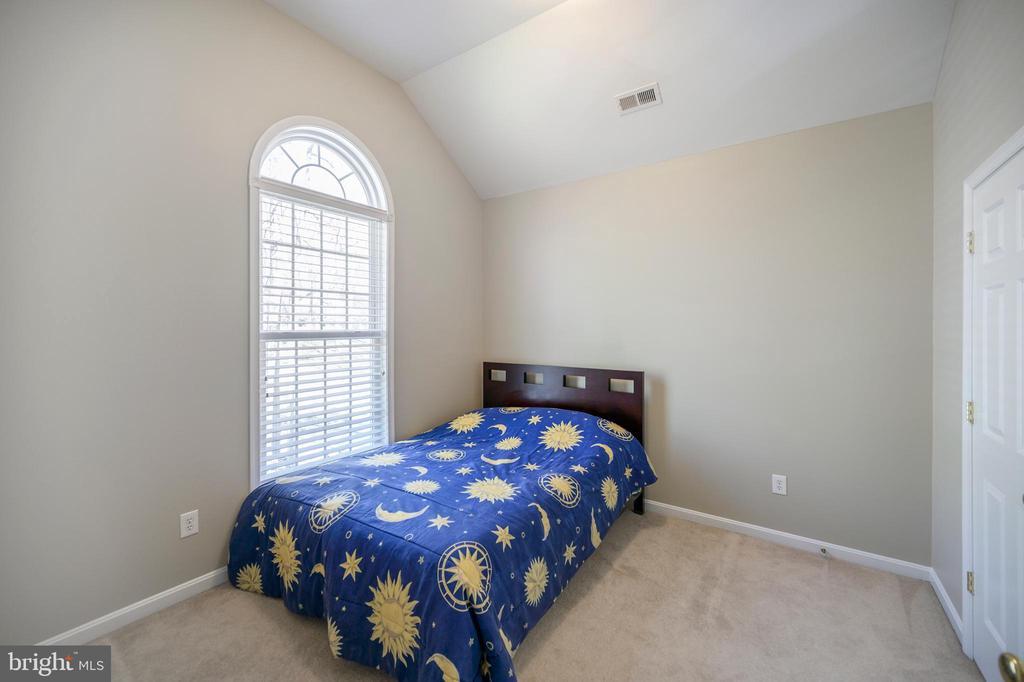Bedroom number 3 upper level - 623 MT PLEASANT DR, LOCUST GROVE