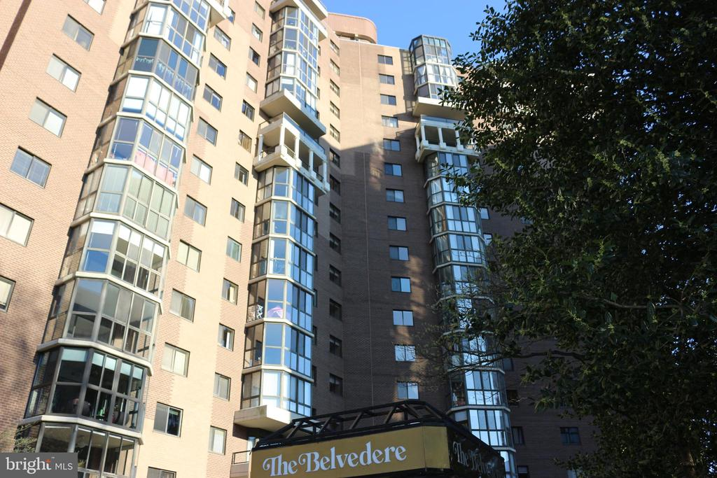 Frontal View of The Belvedere - 1600 N OAK ST #809, ARLINGTON