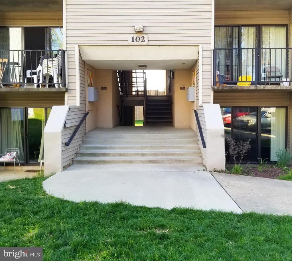 Condo Fee Includes Parking and Utilities - 102 DUVALL LN #4-104, GAITHERSBURG
