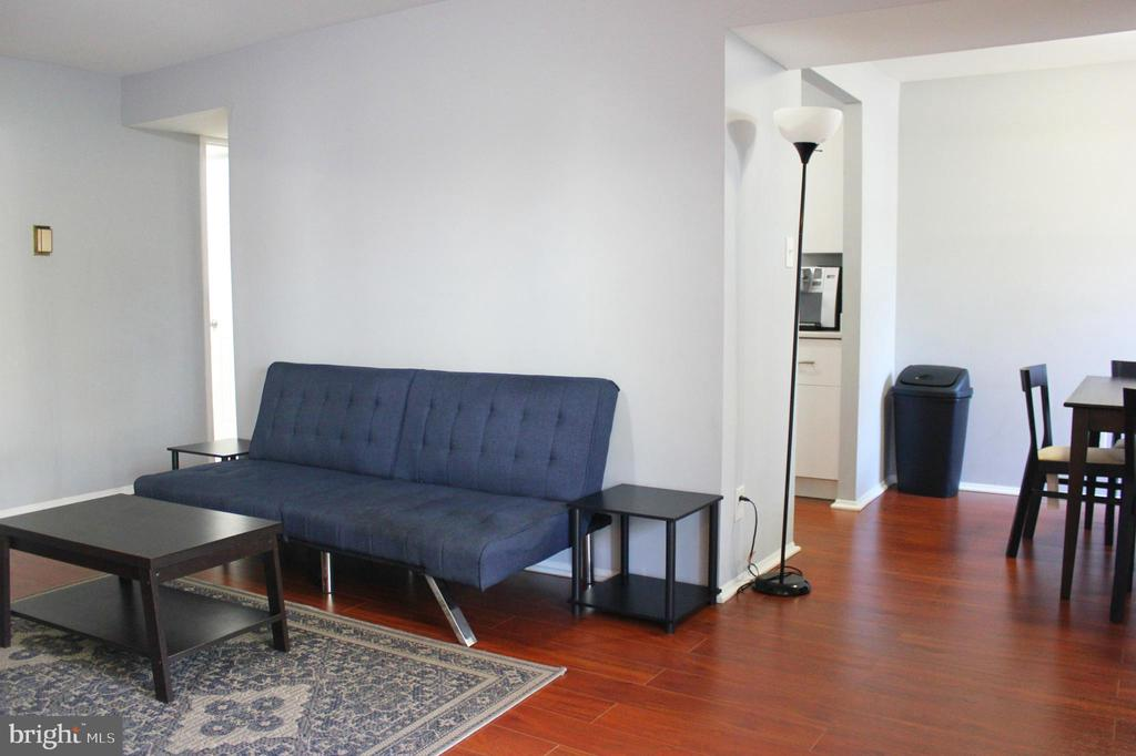 Kitchen Dining and Living Room - 102 DUVALL LN #4-104, GAITHERSBURG