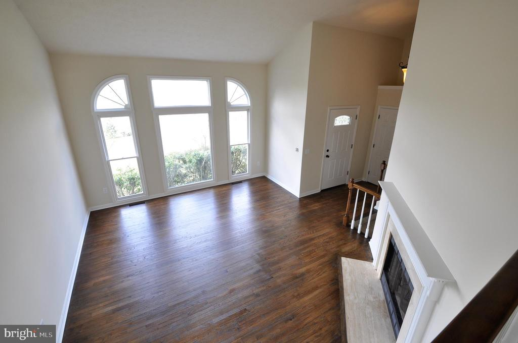 Family Room - 8 RIDGE POINTE LN, FREDERICKSBURG