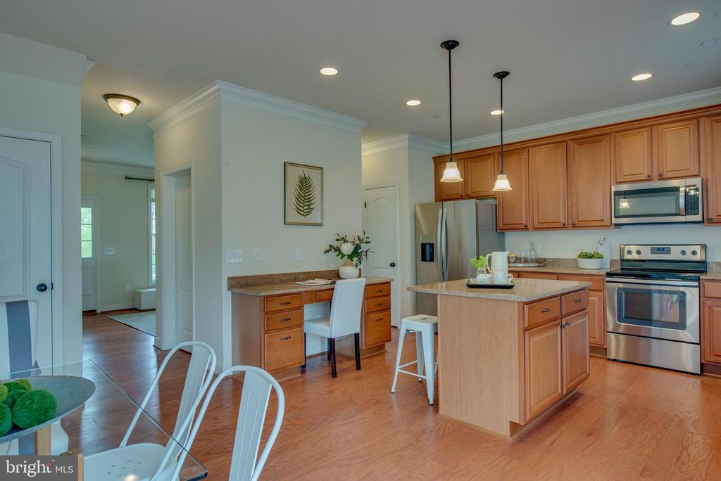 Spacious and open - 98 GREAT LAKE DR, ANNAPOLIS