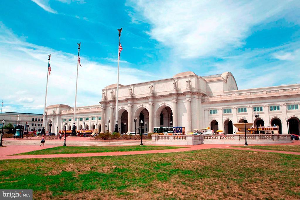 Union Station - 704 8TH ST NE, WASHINGTON