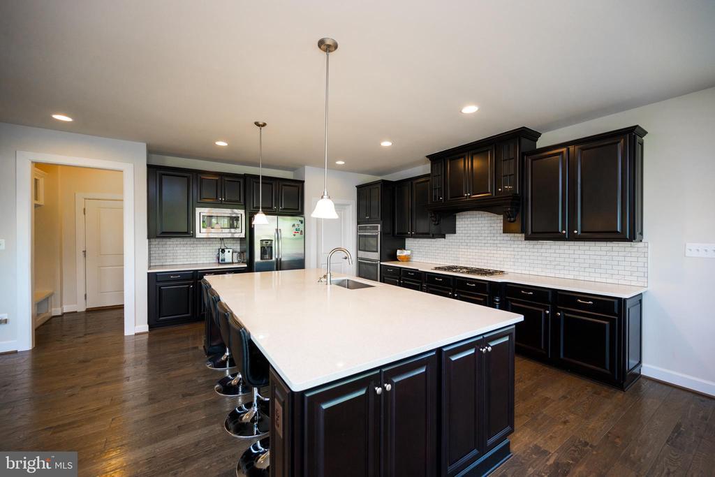 Dream Kitchen. - 26600 MARBURY ESTATES DR, CHANTILLY