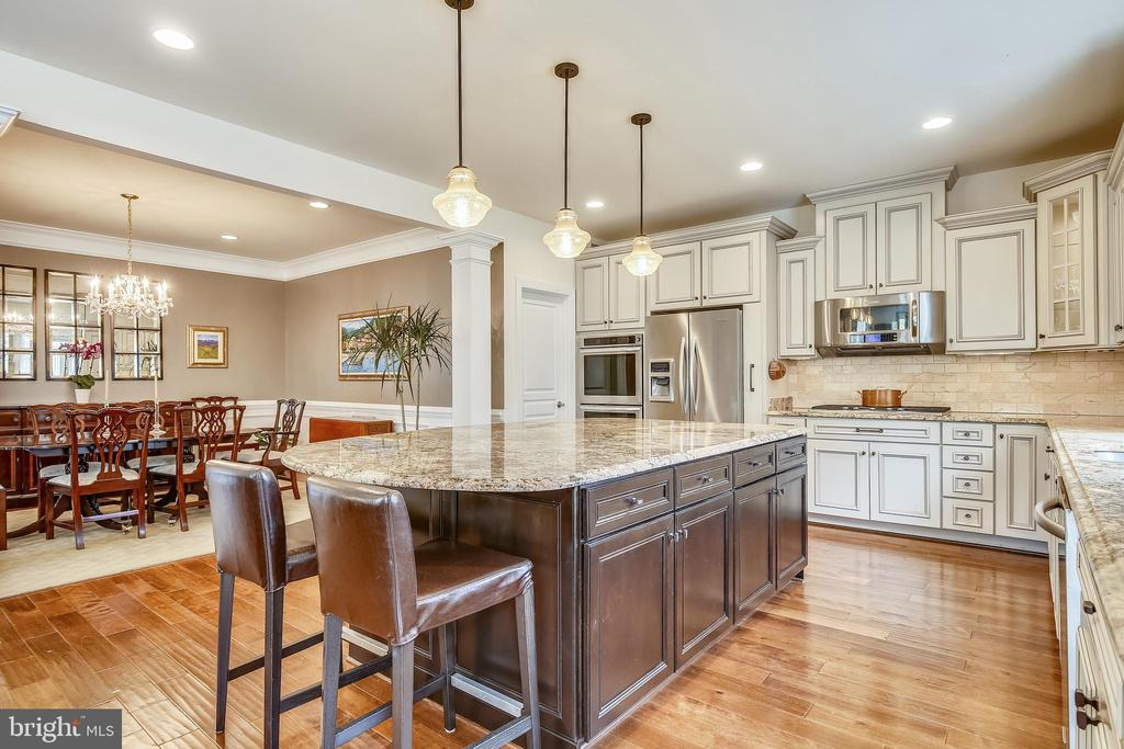 Kitchen with Large Island - 10264 GREENSPIRE DR, OAKTON