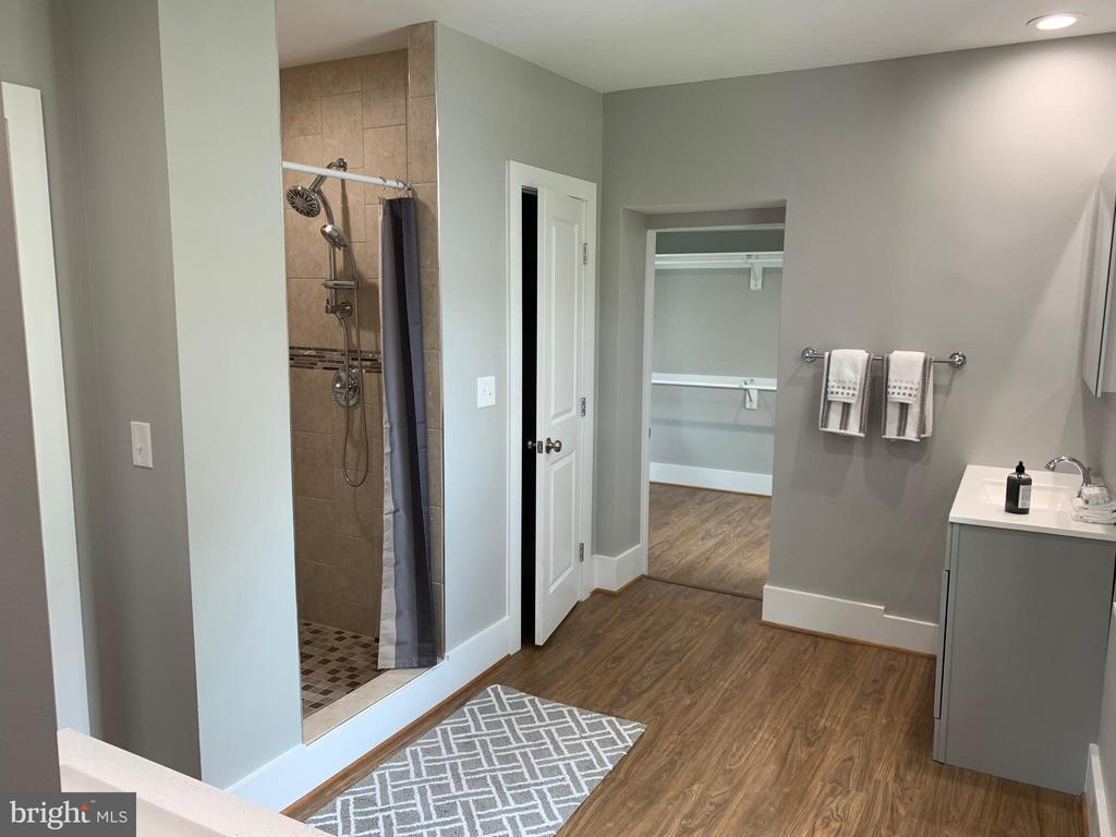 Master Bath - 3112 ALABAMA AVE SE, WASHINGTON