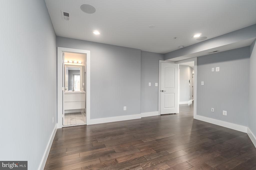 Bedroom 2 on the second floor - 5700 BLAIR RD NE, WASHINGTON