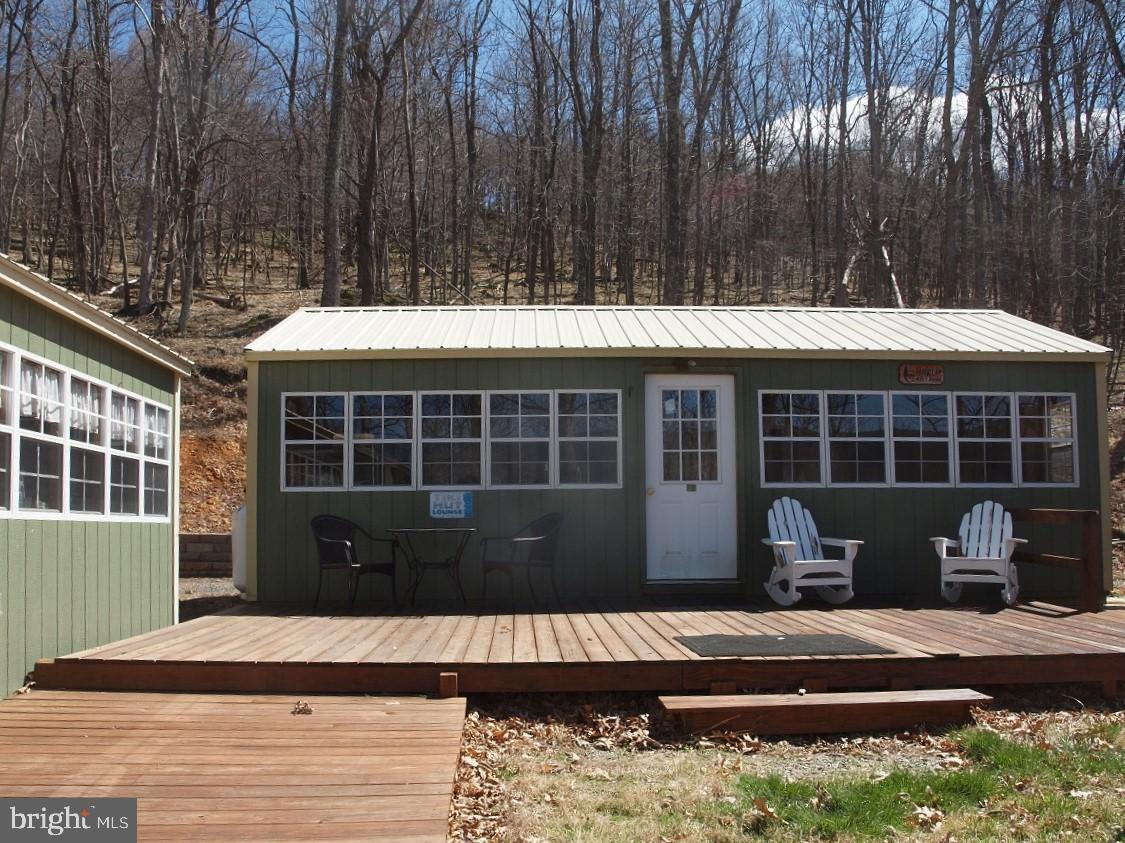 Single Family Homes por un Venta en Upper Tract, West Virginia 26866 Estados Unidos