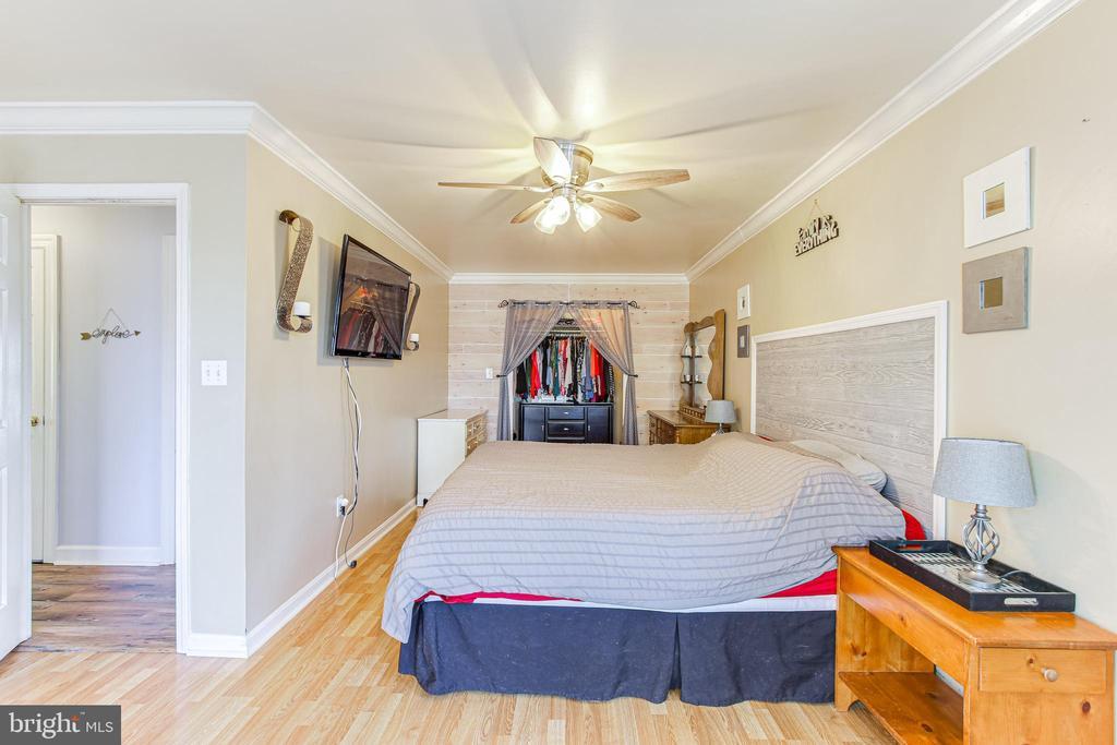 Master Bedroom - 19126 SANDYHOOK RD, KNOXVILLE