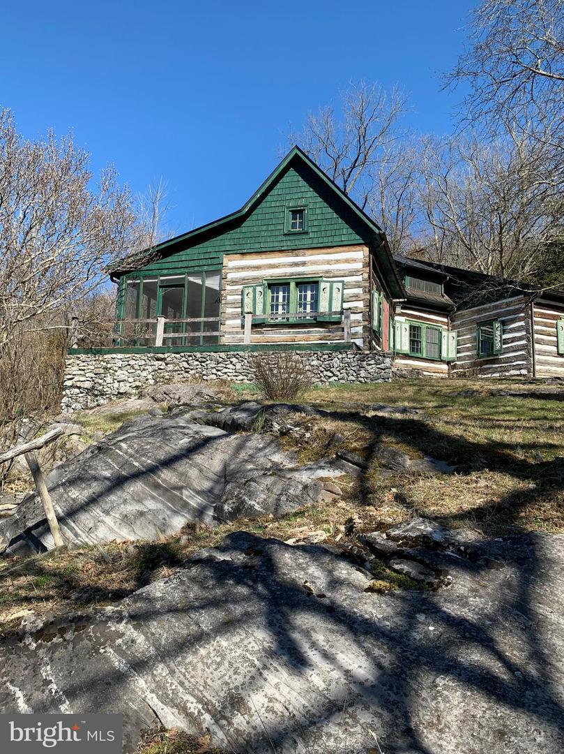 Single Family Homes 為 出售 在 Raphine, 弗吉尼亞州 24472 美國