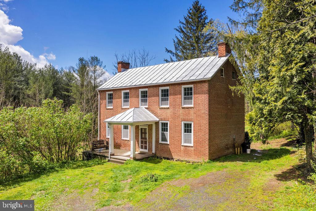 Single Family Homes 為 出售 在 Star Tannery, 弗吉尼亞州 22654 美國