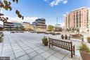 Huge Side Courtyard - 3800 FAIRFAX DR #1512, ARLINGTON
