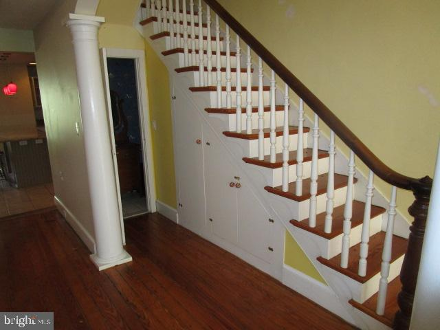 Stairs - 146 PRINCE GEORGE ST, ANNAPOLIS