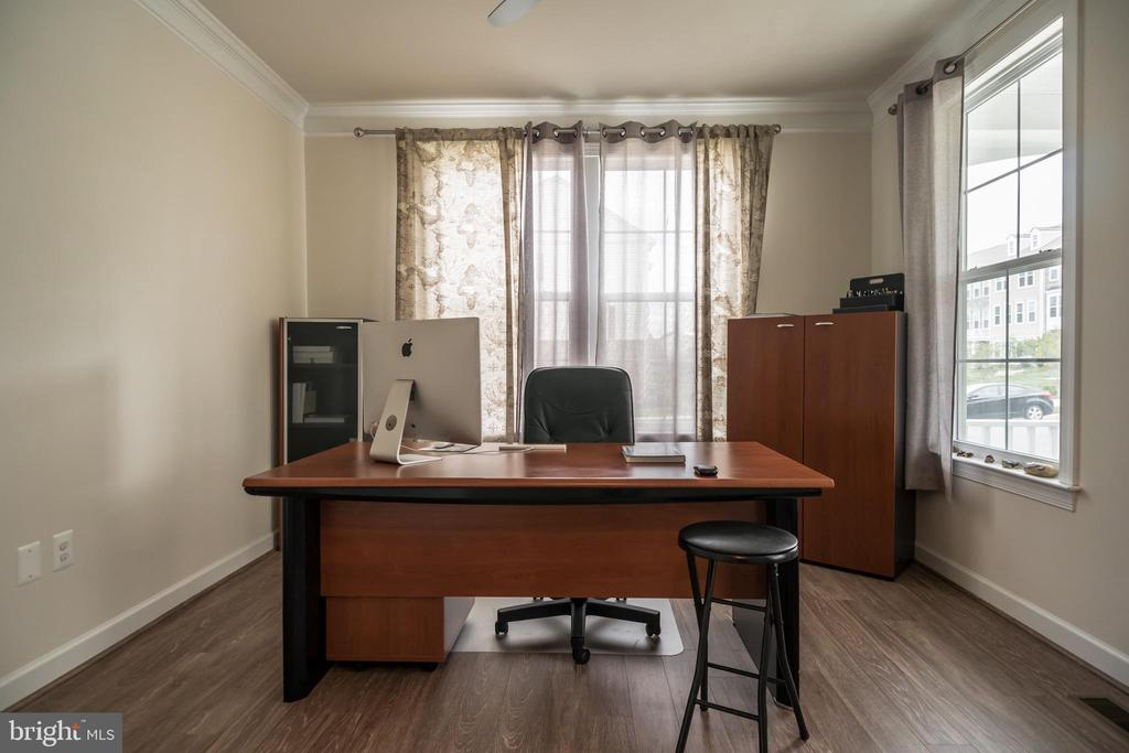 Private office with French doors - 102 ALMOND DR, STAFFORD