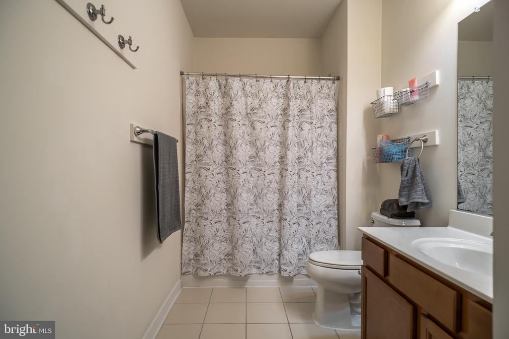 Lower level bath - 102 ALMOND DR, STAFFORD