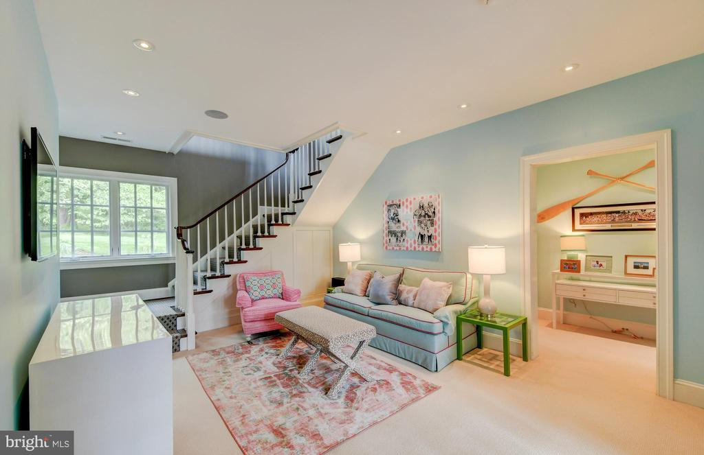 Lower Level Sitting Room - 10807 GREENSPRING AVE, LUTHERVILLE TIMONIUM