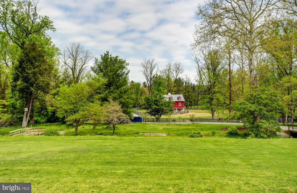 Grounds & Barn - 10807 GREENSPRING AVE, LUTHERVILLE TIMONIUM