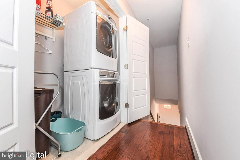 Washer/Dryer hook up only. Example. - 4736 OLD MIDDLETOWN RD, JEFFERSON