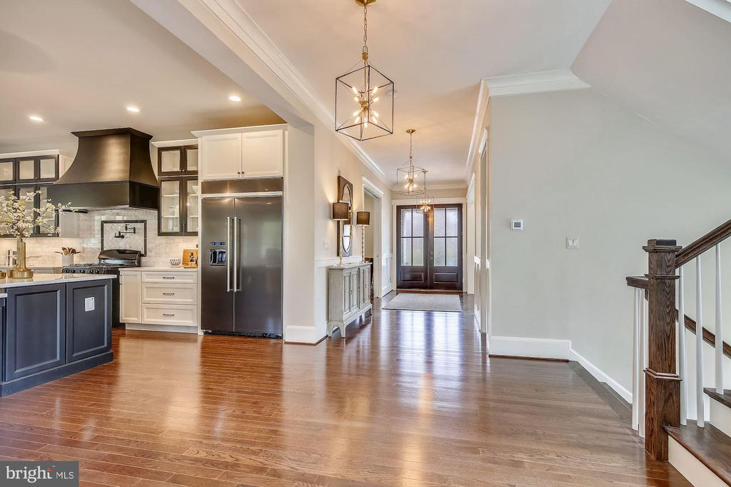 Main Level - 1936 FRANKLIN AVE, MCLEAN