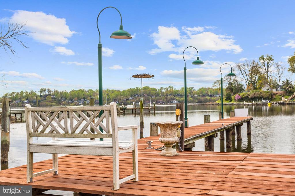 Private Pier and Sun Deck - 1128 ASQUITH DR, ARNOLD