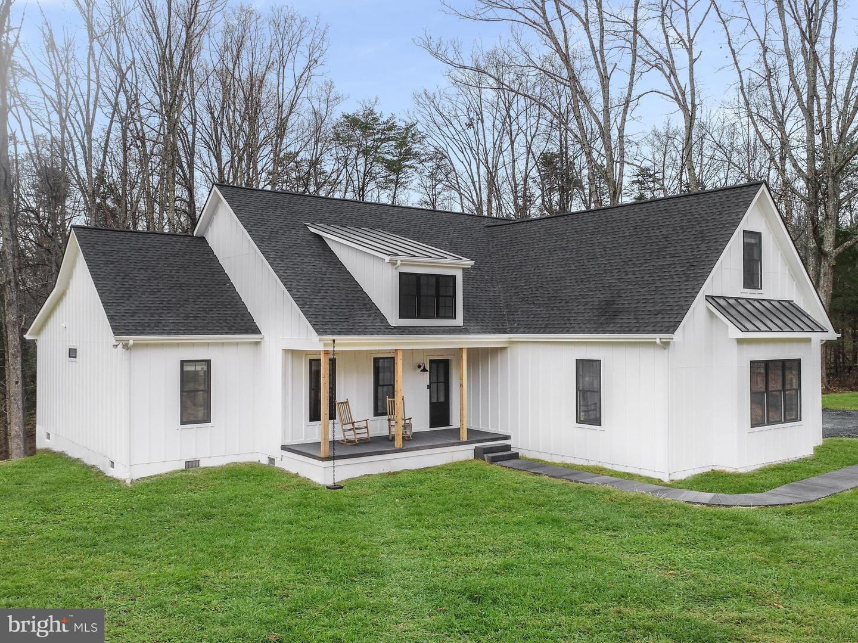Single Family Homes 為 出售 在 Earlysville, 弗吉尼亞州 22936 美國