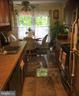 Kitchen with Breakfast Table - 18124 METZ DR, GERMANTOWN