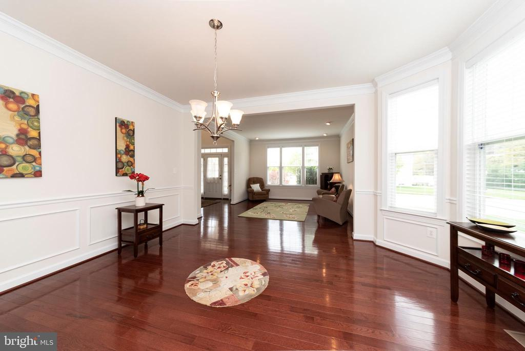 Gorgeous Hardwood Floors Throughout - 812 MORAN DR, ANNAPOLIS