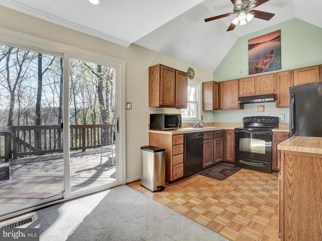 Kitchen - 6598 TWIN LAKE CT, NEW MARKET