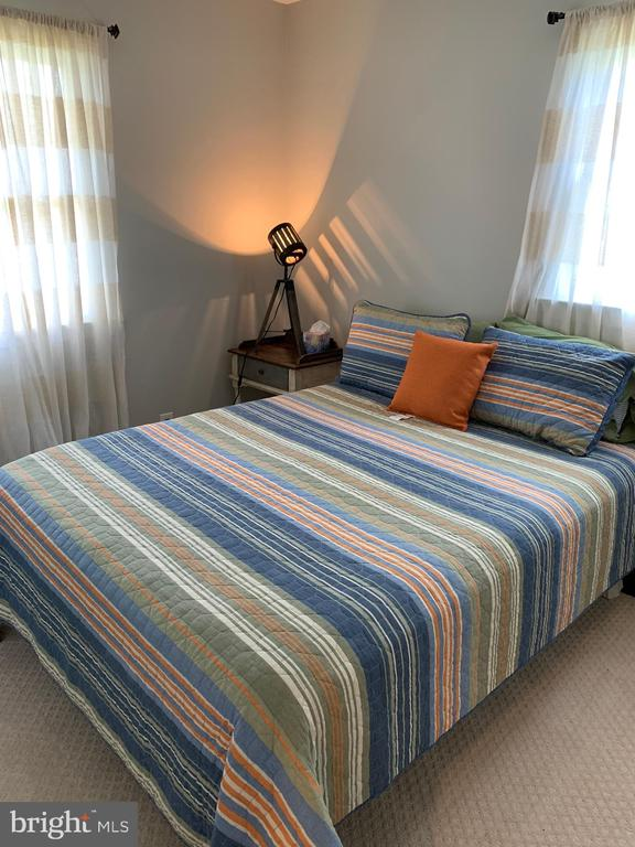 Master Bed Room - 2403 SPRING ST, DUNN LORING