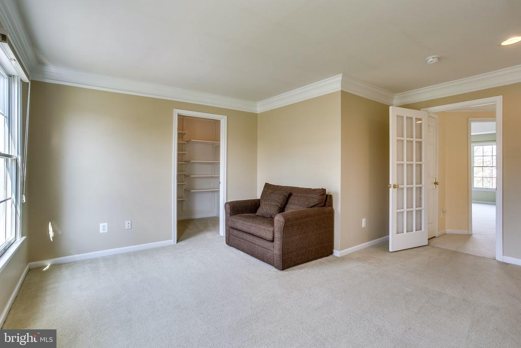 Bedroom 2 (or home office, your choice!) - 19862 LA BETE CT, ASHBURN