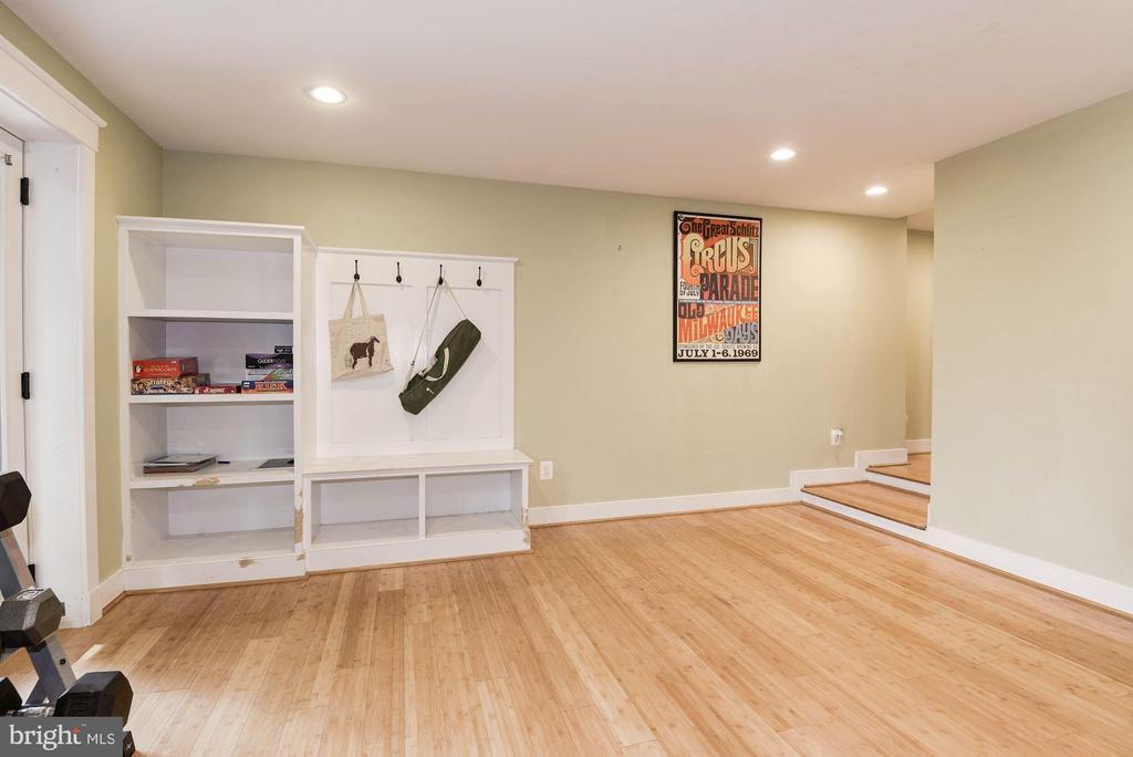 Exercise/Playroom - 2326 N VERNON ST, ARLINGTON