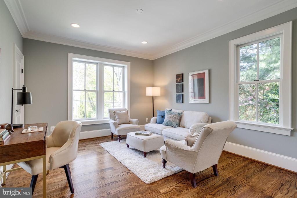 First Floor Office/Den Flex Room - 4514 25TH RD N, ARLINGTON