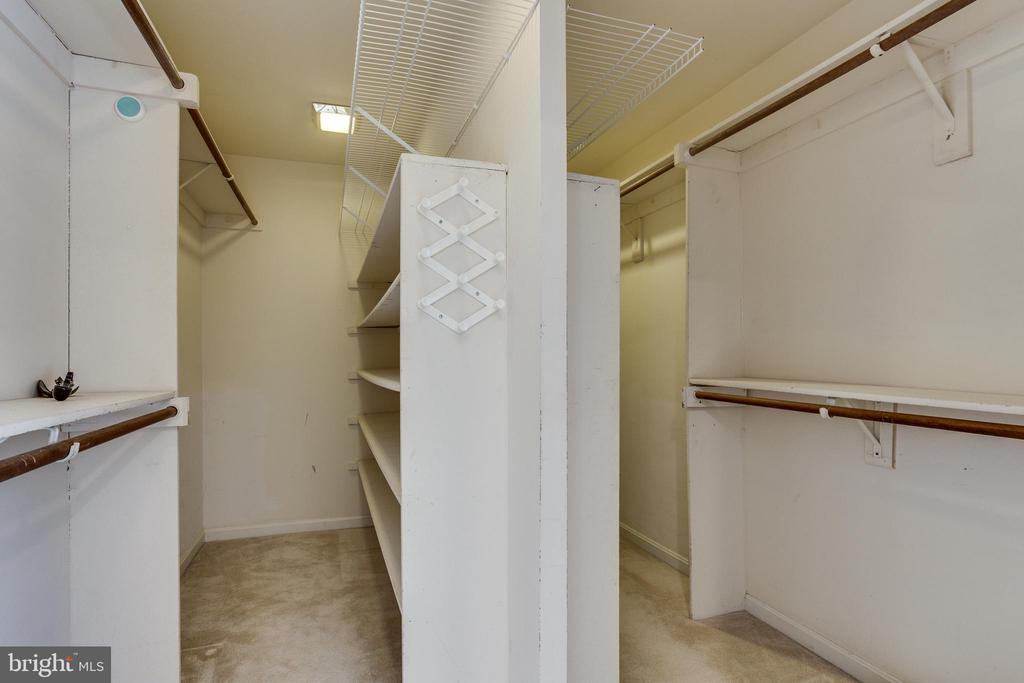 Master Walk In Closet - 7780 KELLY ANN CT, FAIRFAX STATION