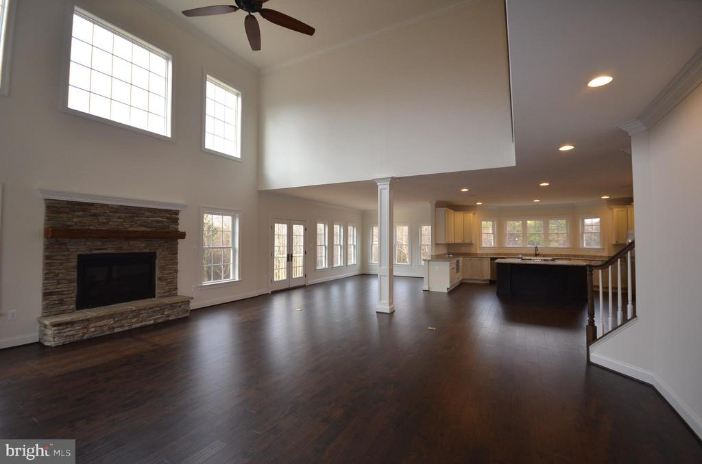 VIEW FROM FAMILY ROOM INTO THE KITCHEN - 5903 COPPER MILL DR, FREDERICKSBURG