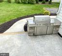 Built-in gas grill! - 31 CRAWFORD LN, STAFFORD