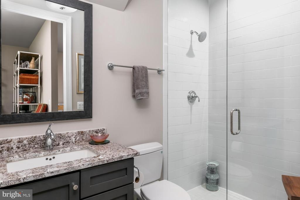 Full Bath, Main Level - 44665 BRUSHTON TER, ASHBURN