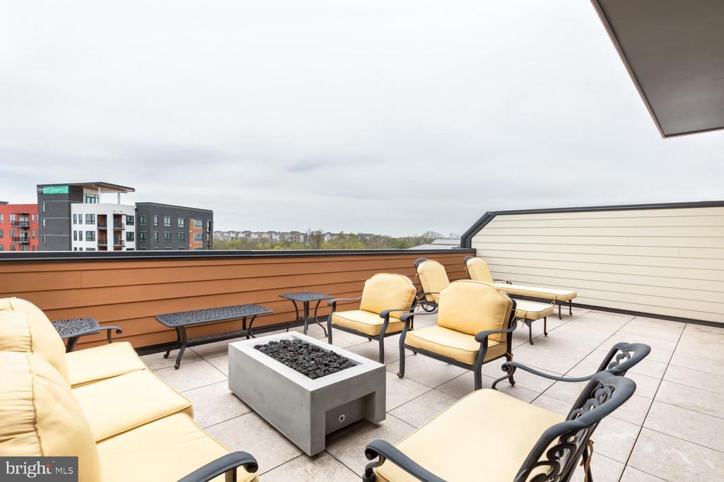 Expansive 4th Floor Terrace, Upper Level - 44665 BRUSHTON TER, ASHBURN