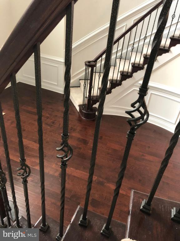 Iron Balusters at the Dual Curved Staircases - 11504 PEGASUS CT, UPPER MARLBORO